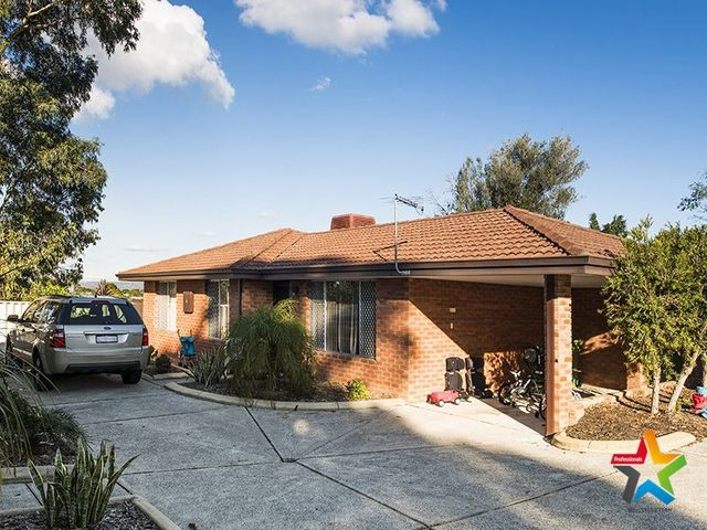 4 /8 Elsfield Way, Bassendean WA 6054