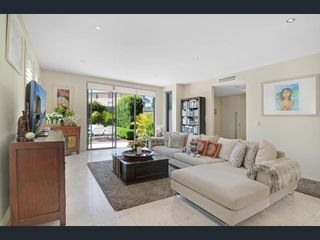 1/586 Old South Head Road