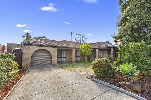 13 Crestmoor Drive, Highton VIC 3216