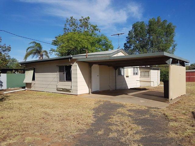 88 Cobb Street, Charleville QLD 4470