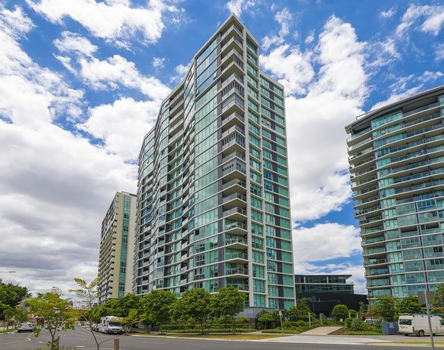 12009/8 Harbour Road, QLD 4007