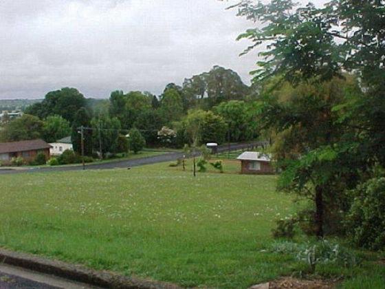 2A Robinson Avenue, Glen Innes NSW 2370