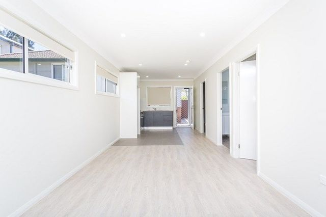 8A Woodward Street, NSW 2115