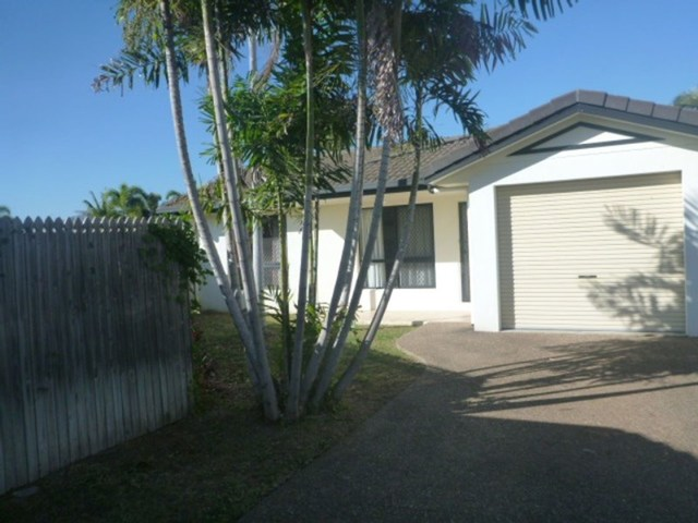 2/31 Greenwood Drive, Kirwan QLD 4817