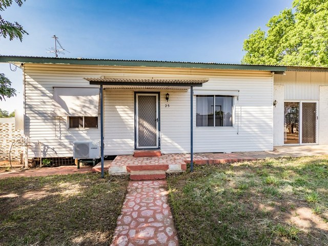 25 Carbonate Street, Mount Isa QLD 4825
