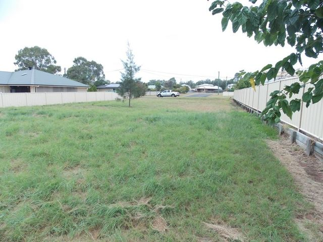 3 Oleander Street, Nanango QLD 4615