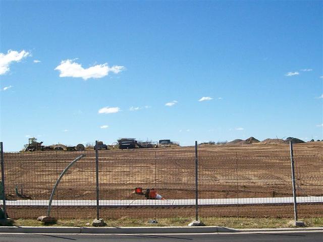 27 Southern Cross Ave, Middleton Grange NSW 2171