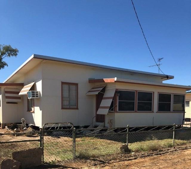 27 Chirnside Street, Winton QLD 4735