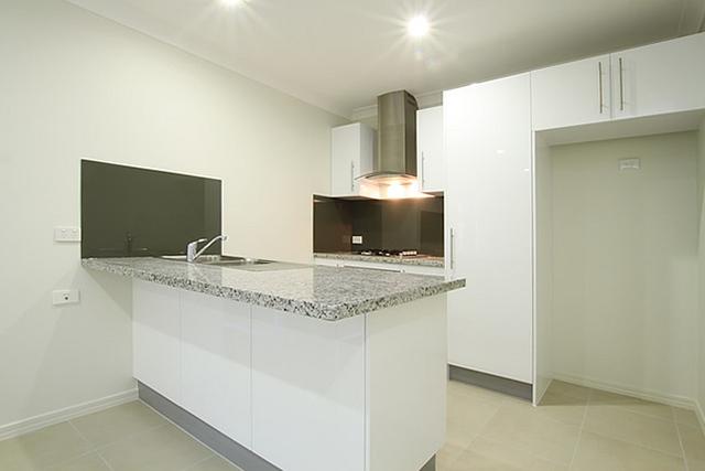 2/7 White Ash Court, Caboolture QLD 4510
