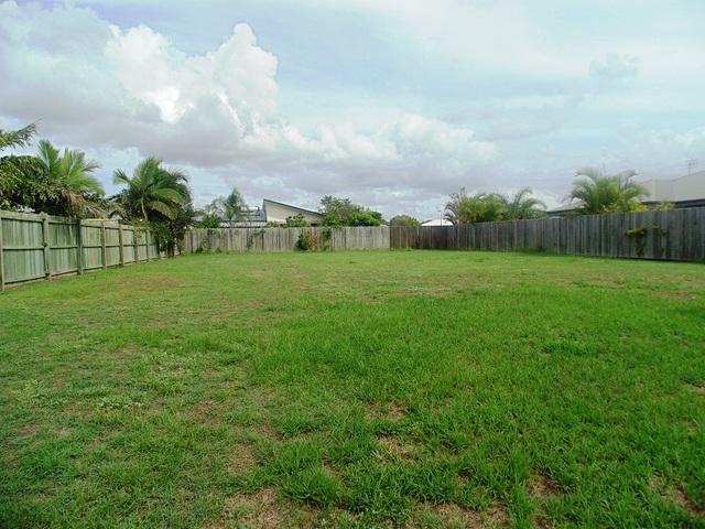 8 Habitat Circuit, Cooloola Cove QLD 4580