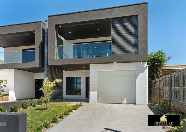 2B Stretham Avenue, NSW 2213