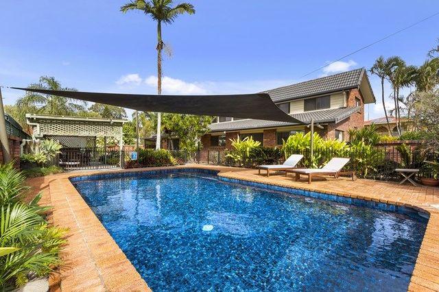 20 Simbai Street, Runaway Bay QLD 4216