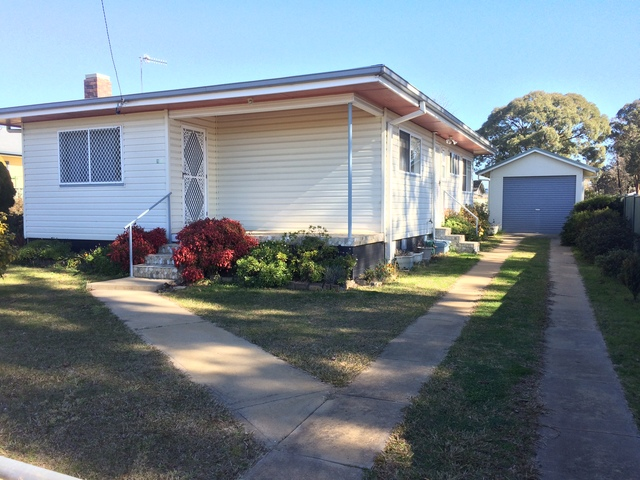 188 Canambe St, NSW 2350