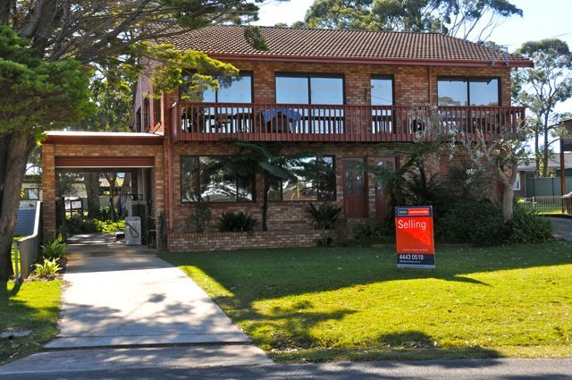 98 Naval Parade, Erowal Bay NSW 2540
