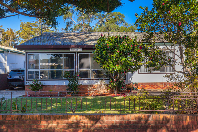 18 George Street, Burrill Lake NSW 2539