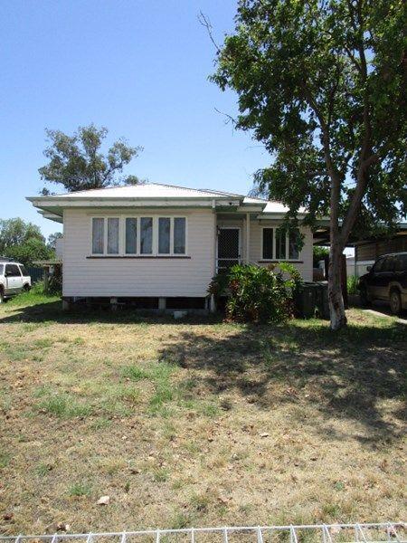 29 Porter Street, Tara QLD 4421