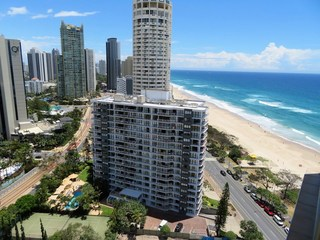 'Beachpoint'/... Surfers Paradise Boulevard