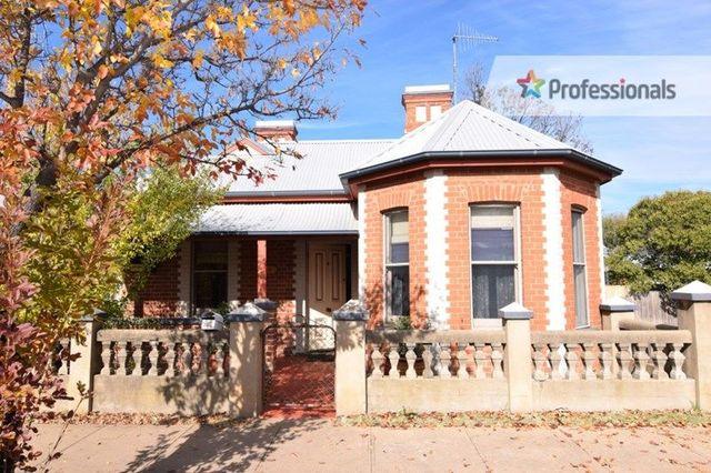 140 Stewart Street, Bathurst NSW 2795