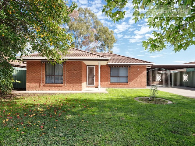 12 Wiradjuri Crescent, Wagga Wagga NSW 2650