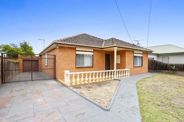 19 First Avenue, VIC 3041