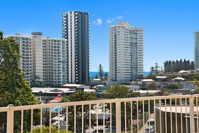 20 Rutledge Street, Coolangatta QLD 4225