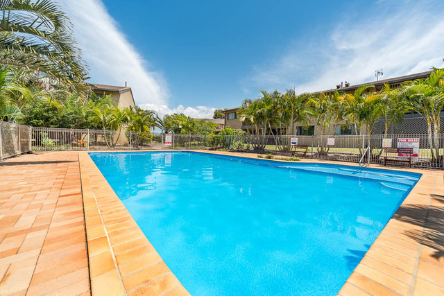 24/22-24 Barbet Place, Burleigh Waters QLD 4220