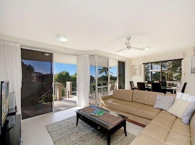 1/17 Belmore Terrace, Sunshine Beach QLD 4567