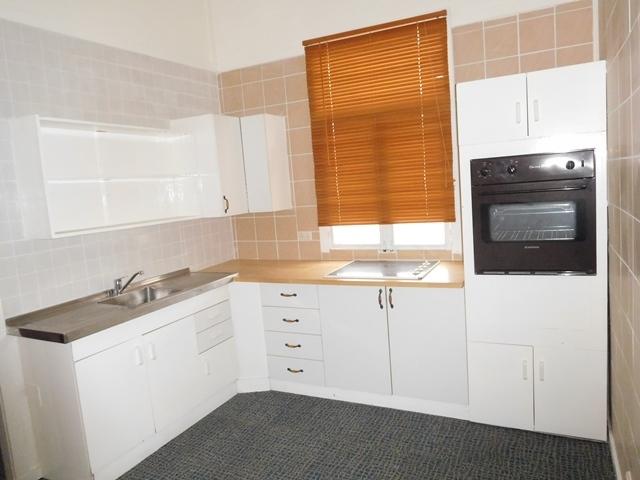 2/13 Miller Street, Cessnock NSW 2325