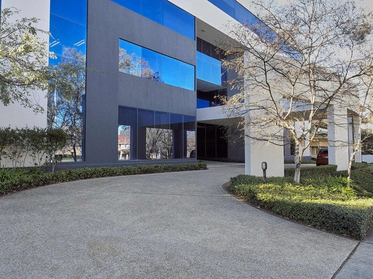 10 12 Brisbane Avenue Barton Act 2600 Commercial