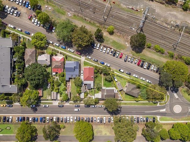99 East Parade, Sutherland NSW 2232