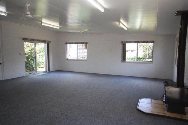 4 Philip Street, Mundubbera QLD 4626