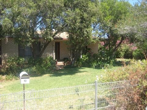 13 Dubbo Lane, Coonamble NSW 2829