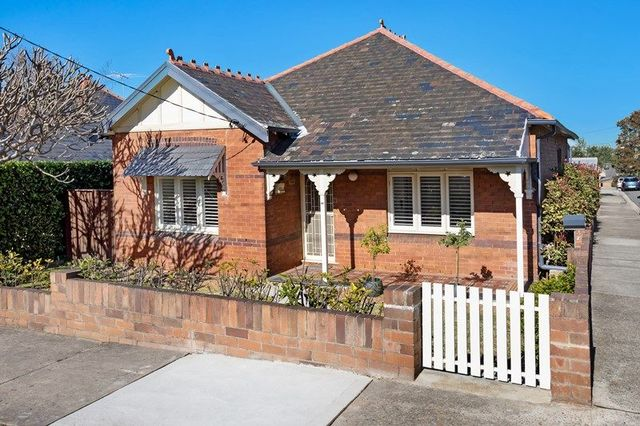17 Thompson Street, Drummoyne NSW 2047