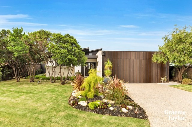 34 Fourth Loop, Barwon Heads VIC 3227
