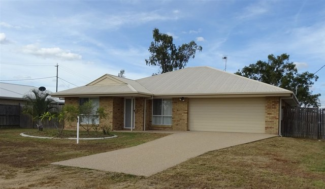 77 St Lawrence Street, Nebo QLD 4742