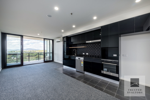 1712/120 Eastern Valley Way, ACT 2617