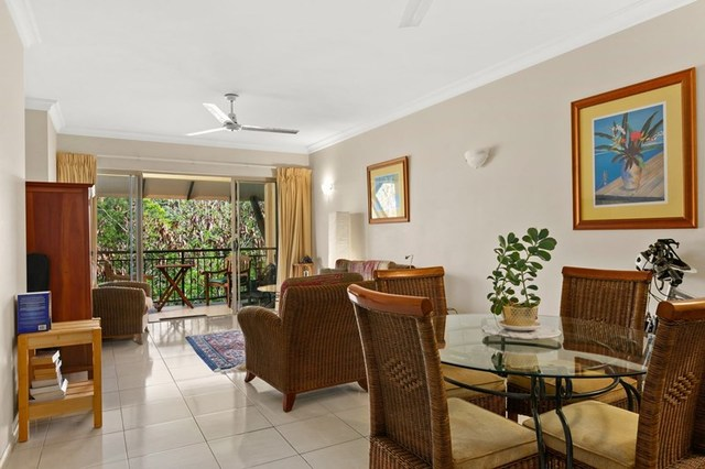 1751 2 Greenslopes StreetCairns North QLD 4870