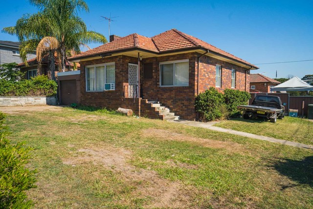 2B Whitworth Street, Westmead NSW 2145