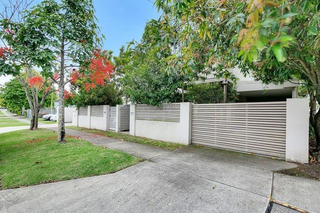 2/20 Balowrie Street, QLD 4007