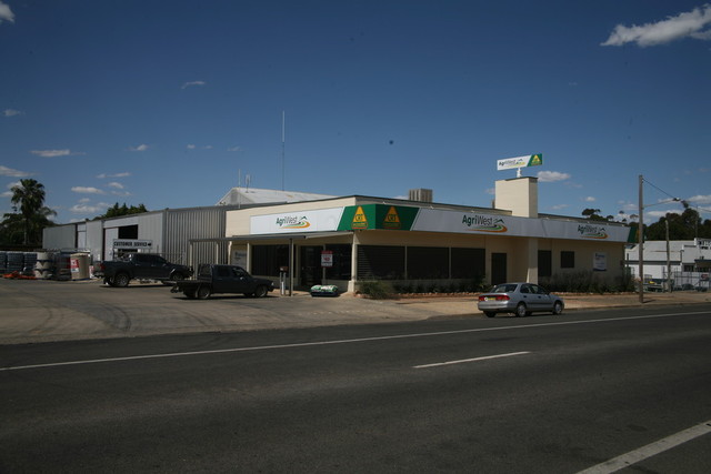 4 - 8 Camp St, Forbes NSW 2871