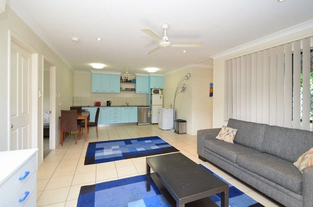 3/17 Leigh St, West End QLD 4810