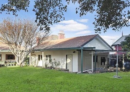 Granny Fla Badminton Road, Croydon NSW 2132