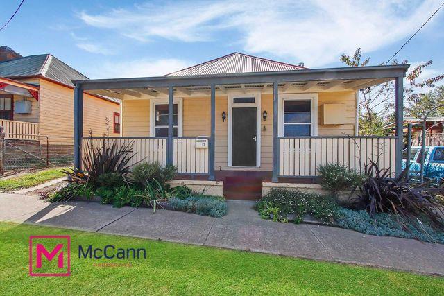 13 Warrataw Street, NSW 2581
