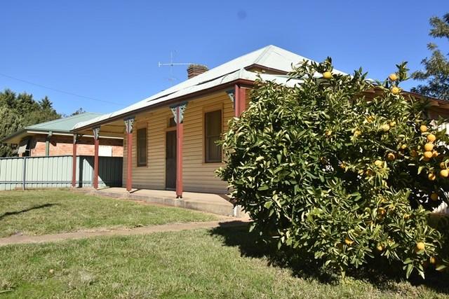 304 Hoskins Street, Temora NSW 2666
