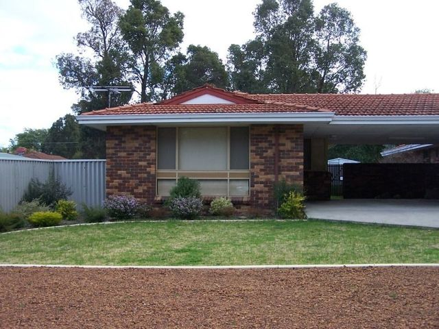27A Rogers Avenue, Collie WA 6225