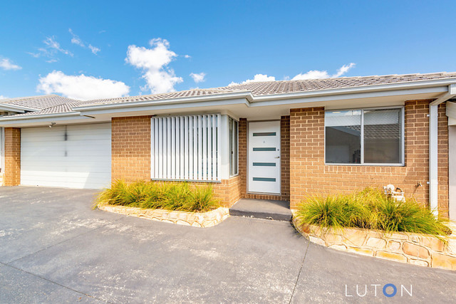 2/78 Uriarra Road, NSW 2620