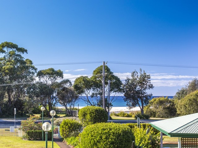 8/1A Mitchell Parade, Mollymook NSW 2539