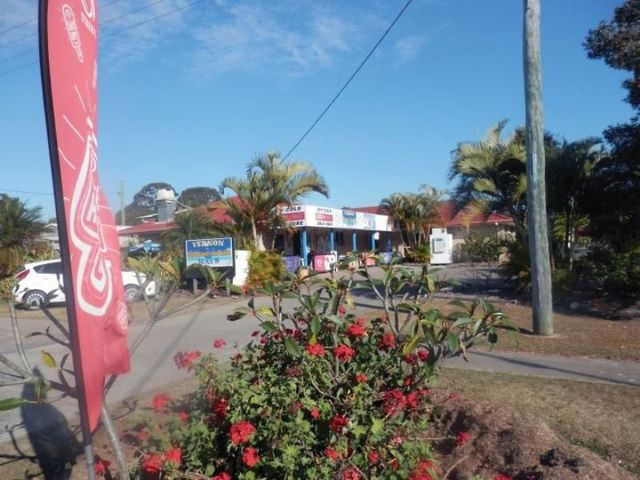 (no street name provided), Point Vernon QLD 4655