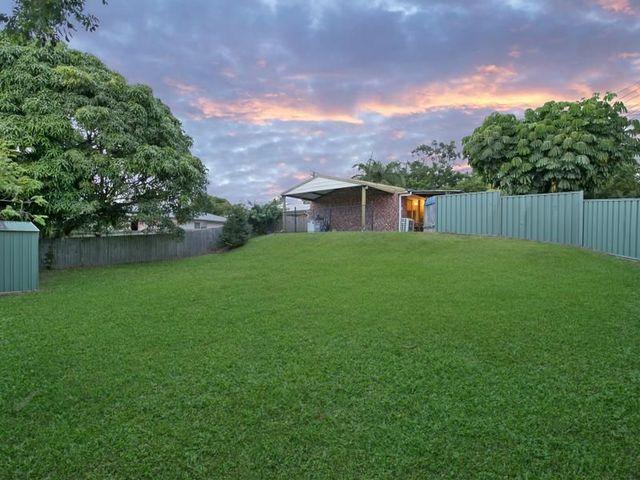 52 Dennis Road, Springwood QLD 4127