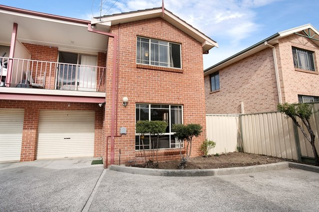 6/14 Thelma, Lurnea NSW 2170